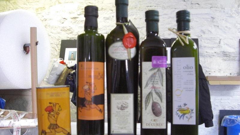 Gustiamo's Extra Virgin Olive Oils