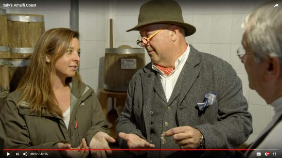 BIZARRE FOODS WITH ANDREW ZIMMERN S15 • E4 Italy's Amalfi Coast